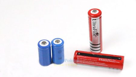 Does your pointer use 18650 or 16340 batteries?